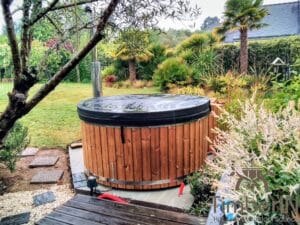 Wood fired hot tub with jets – TimberIN Rojal 2 1