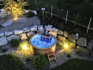 Fiberglass hot tub with snorkel heater Wellness Basic 4