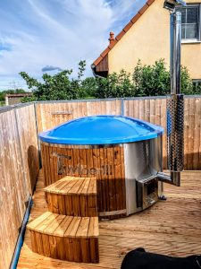 Fiberglass lined hot tub with integrated burner thermo wood Wellness Royal 3