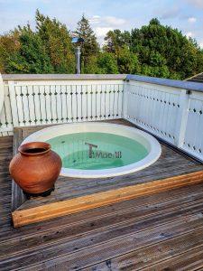 Hot tub terrace spa 1