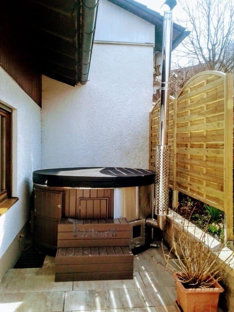 Outdoor whirlpool hot tub with Smart pellet stove 1 scaled