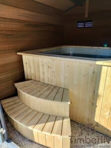 Square wooden hot tub 1