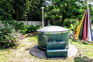 WELLNESS NEULAR SMART Scandinavian hot tub no maintenance required 4 1