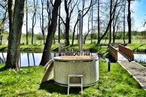 Wooden hot tub basic model made of siberian spruce larch 4