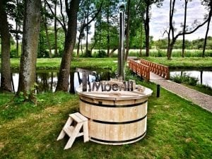Wooden hot tub for garden 19