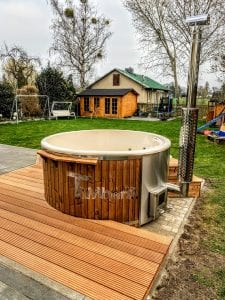 Fiberglass lined hot tub with integrated burner thermo wood Wellness Royal 4 2
