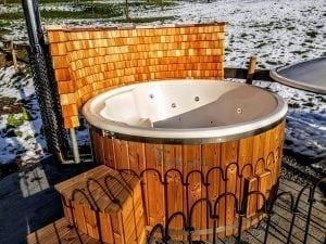 Fiberglass lined hot tub with integrated burner thermo wood Wellness Royal 4