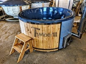 Fiberglass lined outdoor spa with integrated heater Spruce Larch Wellness Deluxe 7
