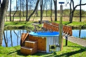 Fiberglass outdoor spa Wellness in thermo wood with wooden lid 25