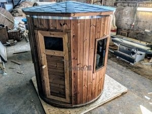 Outdoor sauna for limited garden space 1