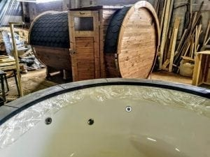 Outdoor Barrel Round Sauna 23