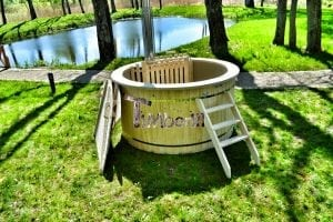 Wood fired hot tub for garden. Includes sand filtration 2 LED and wall insulation 7