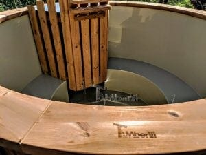 Outdoor spa with polypropylene liner 10
