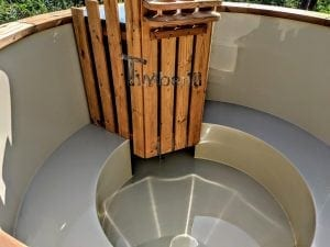 Outdoor spa with polypropylene liner 12