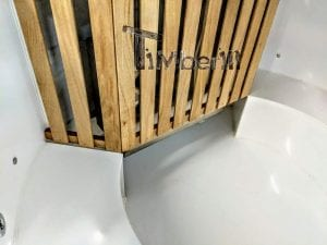 Outdoor spa with polypropylene liner 41 1