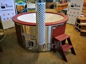 Fiberglass lined outdoor hot tub integrated heater with wood staining in red 32