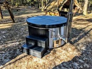 Black fiberglass lined hot tub with integrated burner Wellness Scandinavian 26