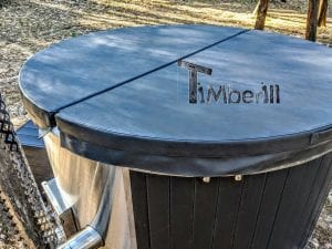 Black fiberglass lined hot tub with integrated burner Wellness Scandinavian 33