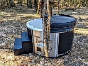 Black fiberglass lined hot tub with integrated burner Wellness Scandinavian 42