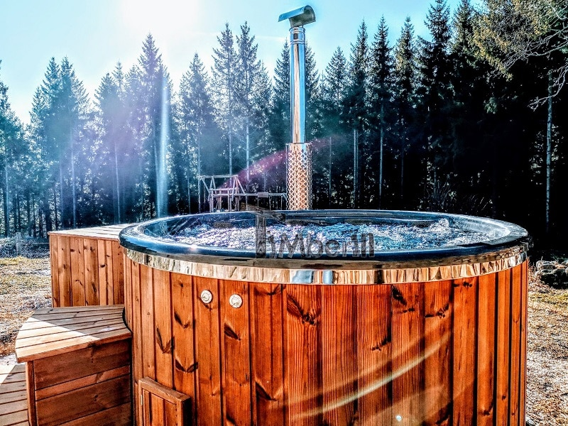 Wooden hot tubs with jets timberin