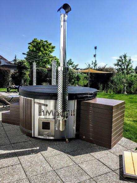 Wpc hot tub