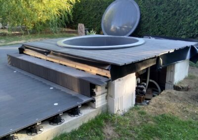 Forming the rise for your hot tub (1)